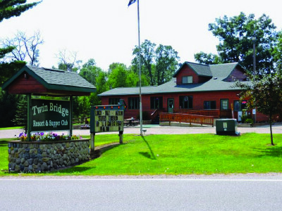 Twin Bridge Resort & Supper Club